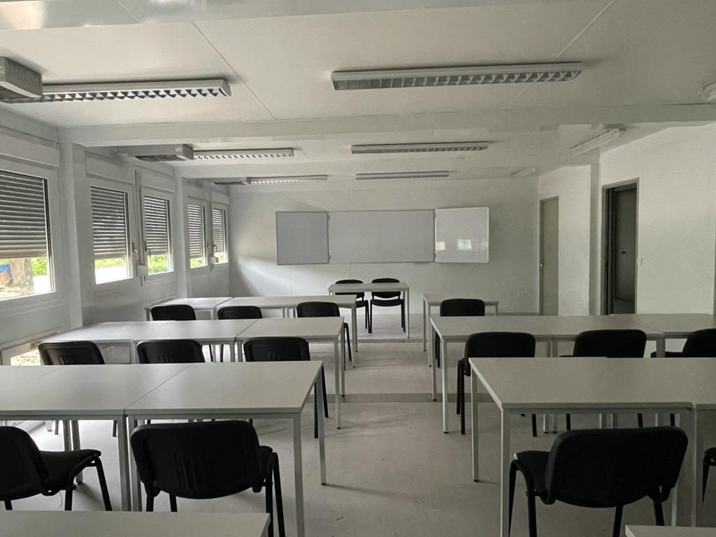 Klassenzimmer Container